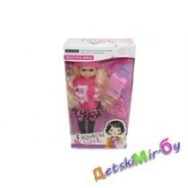 """Кукла """"Блондинка путешественница"""", глазки куклы закрываются и открываются,  в наборе чемодан на колесиках, расческа, сумка, размер упаковки 36*19*7"""